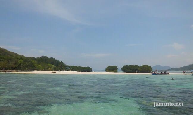 backpacker ke pulau pahawang lampung